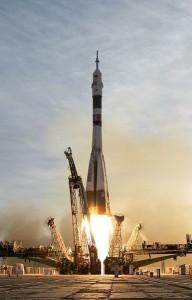 385px-Soyuz_TMA-5_launch